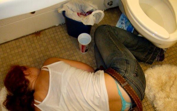 美女醉酒后的悲惨下场图片_灌醉美女占便宜_老头图片网