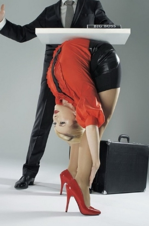 柔术美女办公室写真 上演另类制服诱惑图
