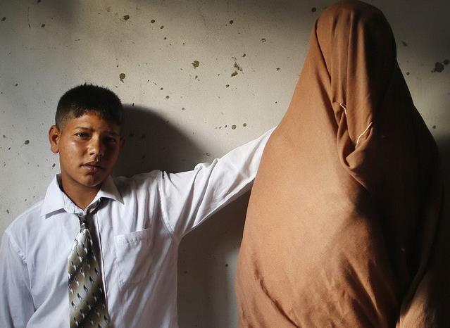 巴勒斯坦15岁男孩和14岁女孩结婚