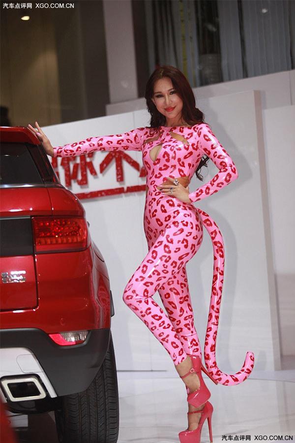 广州车展车模 婀娜多姿粉红豹 ,美女,汽车参考
